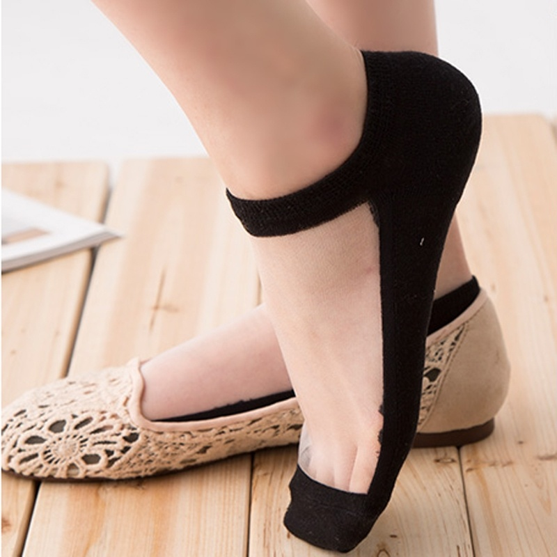 126f7441c17 1 pair Fashion Style Women's Ultrathin Transparent Beautiful Crystal Lace  Elastic Invisible Short Socks HOT