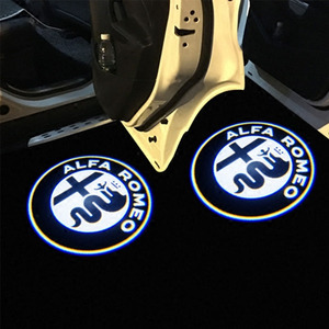 Image 2 - 2 قطعة موضة جديدة LED باب السيارة ترحيب ضوء شعار العارض ل ألفا روميو جوليا جيوليتا ميتو Stelvio بريرا 147 156 159
