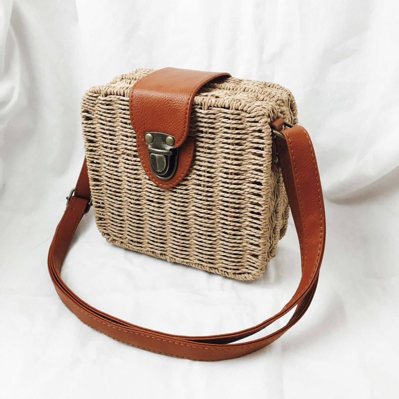 DCOS-womens handbags mini women messenger bags Square Straw ladies Crossbody Bag shoulder bags summer womens pouch