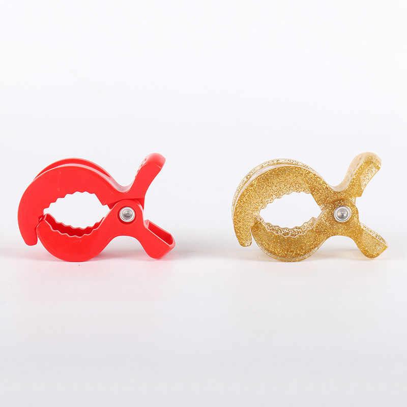 2 pc/lote Coloridos Acessórios Do Assento de Carro Do Bebê Carrinho De Brinquedo de Plástico Clipe Cobertor Cobertura Mosquiteiro Pram Stroller Peg Para Gancho clips