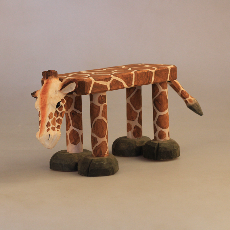 Hand-Carved Solid Wood Stool For Baby Ornaments Animal Giraffe Lion Leopard Bear Hippo Shaped Wood Chair For Kids 1-2 Years