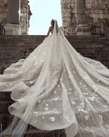 Cathedral Wedding Veils Luxury Arabic Beaded Stones Bridal Veils Floral Sweep Train Ivory Veil Long without Comb