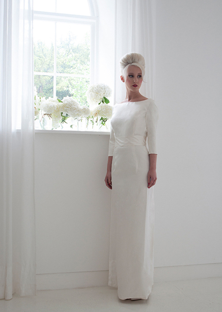 New Arrival Retro Wedding Dresses Sleek And Sophisticated Tailored Column Straight Gown With Detachable Train