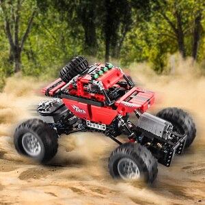 Image 2 - Monsters Bigfoot Camion Technic SUV RC Modello di Auto Building Block di Sport 2.4G Radio Giocattoli di Controllo Per I Bambini