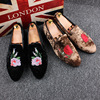 Men Casual Shoes Fashion British Trending Flower Embroidered Flock Breathable Loafer Shoes Man Designer Luxury Black