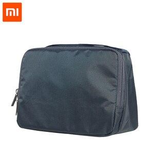 Image 2 - 100% המקורי Xiaomi 90 נשים איפור קוסמטי מקרה 3L קיבולת תיק Travelling תיק גברים לשטוף תיק Rylon עמיד למים אחסון תיק