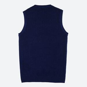 Image 5 - Anh Trai Vương Phong Cách Doanh Nhân Dệt Kim Vest Nam 2020 Thu Đông Mới V Có Cổ Áo Thun Chui Đầu Slim Áo Len Nam Đen