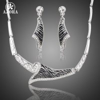 AZORA Unique Fashion Design Stellux Austrian Crystal Zebra Veins Drop Earrings And Pendant Necklace Jewelry Set