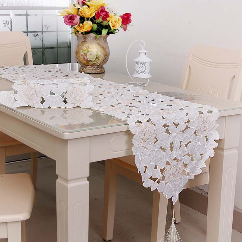 European Style Embroidered Lace Flower Table Runner Floral Table Cover Dustproof Home Hotel Wedding Decoration Home Textile