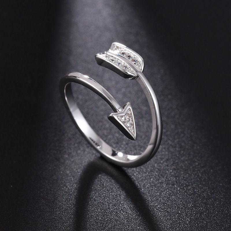 fuyo New Arrival Fashion Silver Plated Arrow Crystal Rings for Women Adjustable Engagement Ring