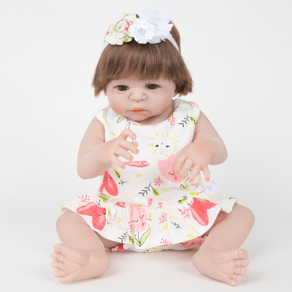 22 inches Realistic Silicone Reborn Doll Lovely Newborn Baby Girl Doll with Cloth Body Toy for Kids Birthday Xmas Gift Bebe lovely christmas reborn doll silicone 16inch newborn baby doll realistic toddler doll kids birthday gift