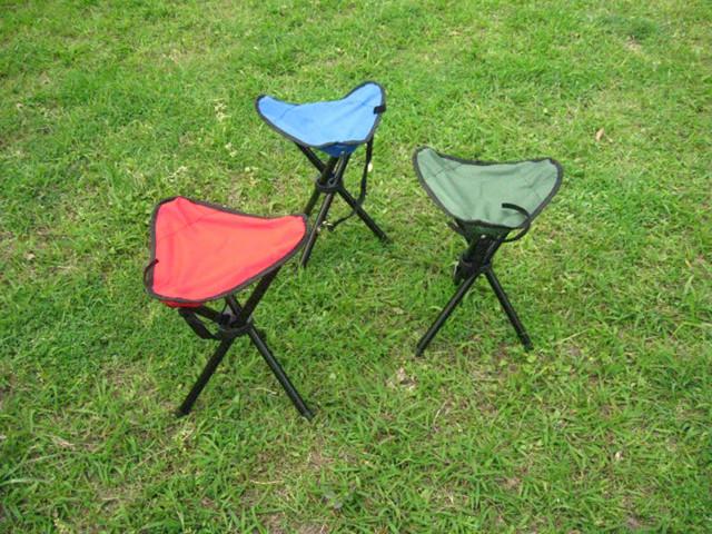 1 pcs Folding caminhadas ao ar livre pesca Picnic Garden churrasco tripé cadeira de praia portátil cadeira tamanho 21 * 21 * 30