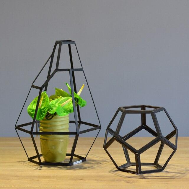 Modern Black Wrought Iron Art Decor Living Room Table Metal Polygon Vase Decoration