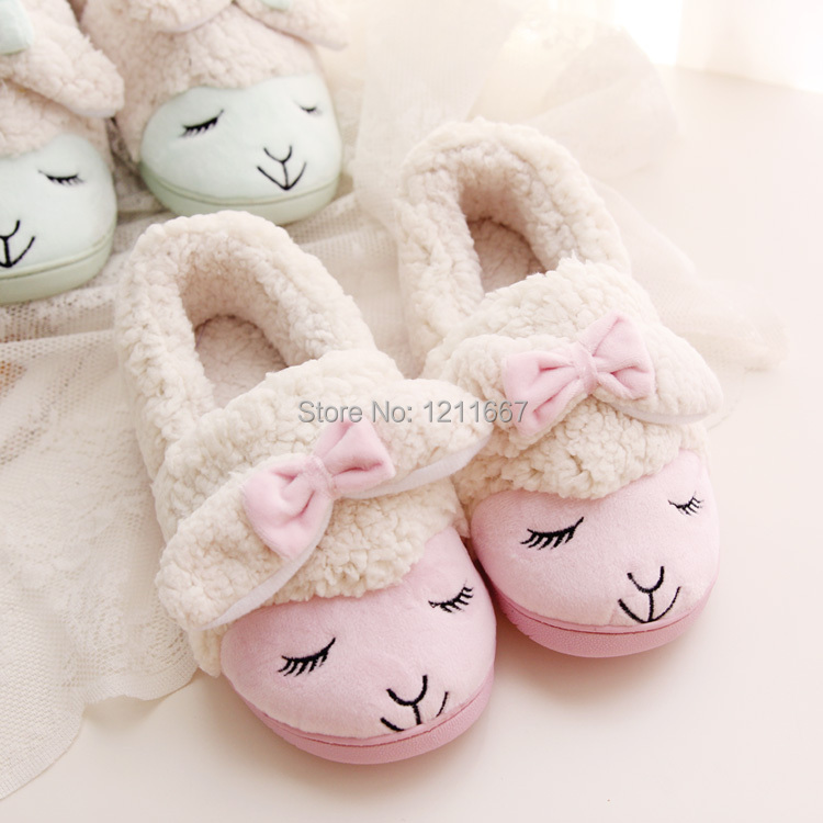 Ilmainen toimitus Kawaii Little Sheep Candy Colour Plush Home Tossut Talvitossut Thermal Tossut