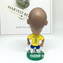 Soccerwe figurine Ronaldo Brazil 9#classic Movable joints resin model toy action figure dolls collectible gift