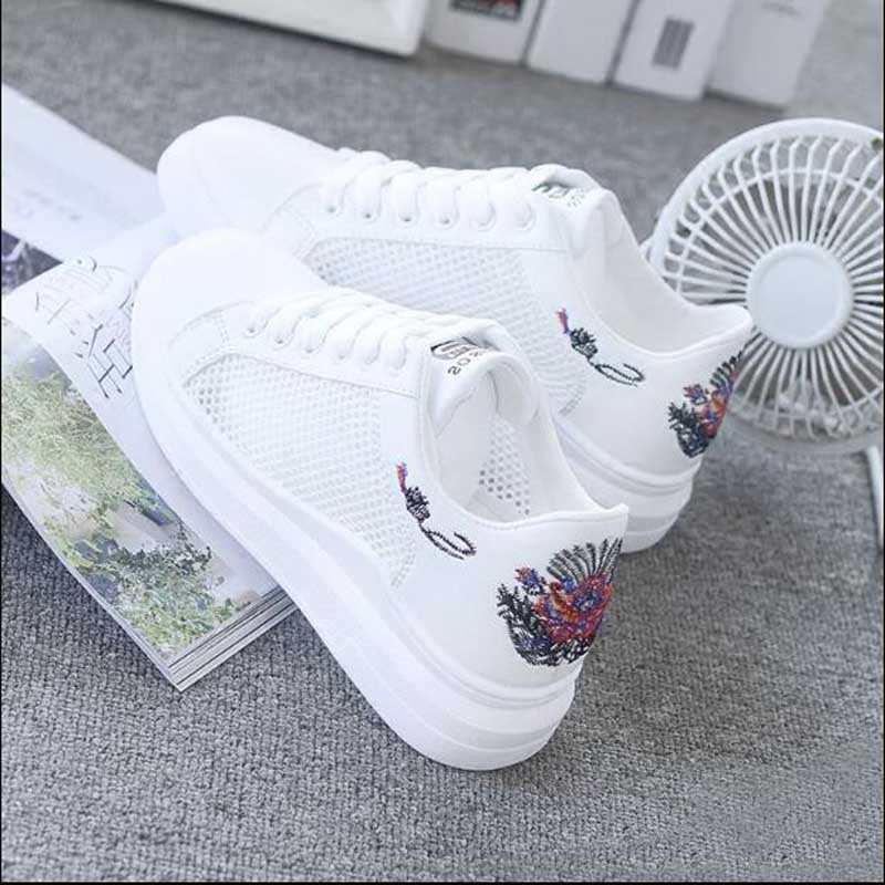 Women Casual Shoes Summer 2018 Spring Women Shoes Fashion Embroidered Breathable Hollow Lace-Up Women Sneakers
