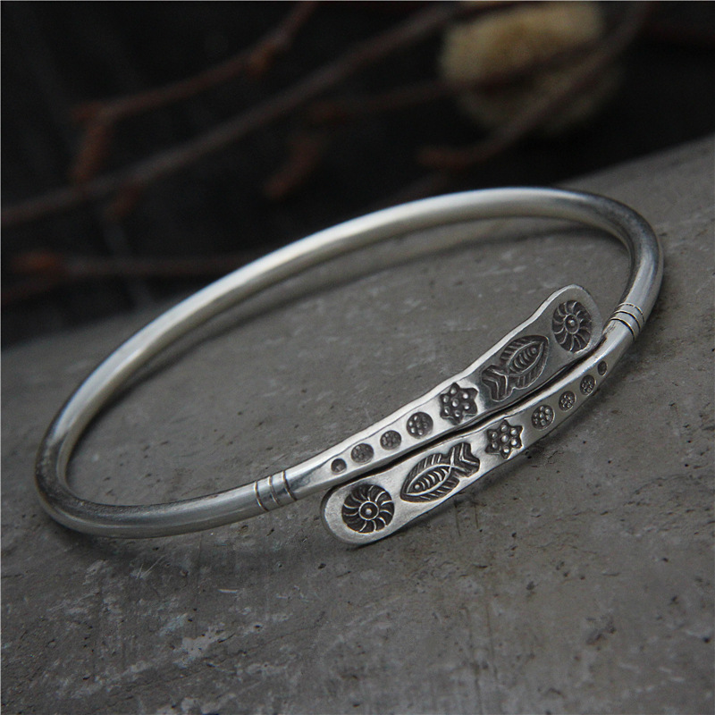 silver original contracted the small flower bracelet sterling silver female bracelet Thai silver restoring ancient ways