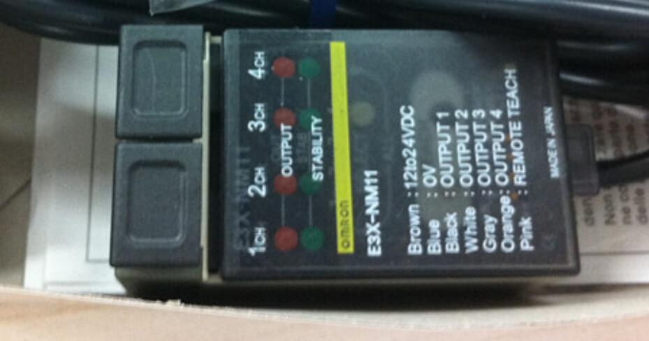 E3X-NM11  fiber amplifier OMRON x e