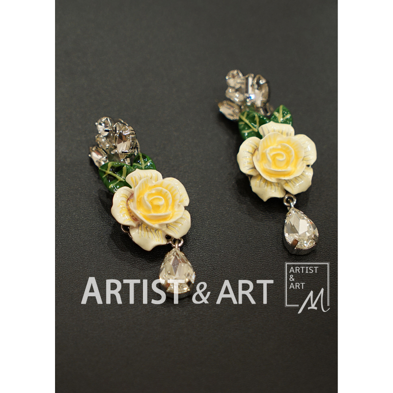 Svoryxiu Runway Custom Rose Series Clip Earrings Women's Three Dimensional Crystal White Rose Earrings Clip Earrings jd коллекция crystal rose музыка база