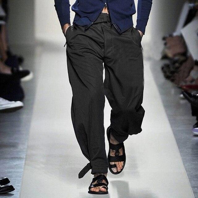 Desfile de moda de Pantalones Para Hombre 2017 Primavera Estilo Grueso Flojo Ocasional Pantalones Masculinos Negro