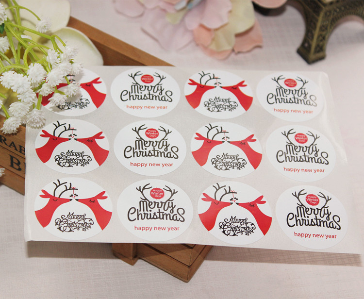12pcs Merry Christmas Snowflake Elk Seal Sticker Badge Kraft Paper Sticker Tags Labels Seal Envelope Box Wrapping Baking Decor