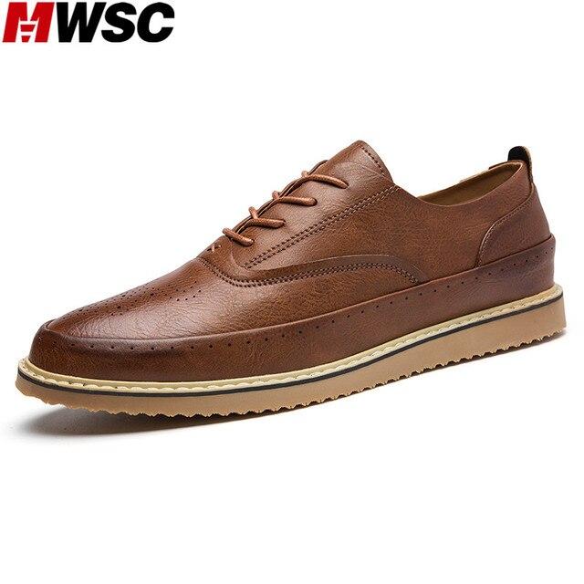 209ad8dd37 MWSC Homem Estilo Britânico de Moda Sapatos Oxford De Couro Masculino Novo  Rendas Casuais Até Sapatos