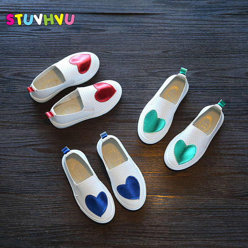 New Hot Sales Casual Shoes For Kids Girls 2017 Children's Shoes Korean Love Pattern Breathable Hollow Child Baby Sport Flat Shoe