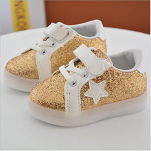 2017 spring children board shoes LED lights luminous white sports shoes boys and girls gold powder shoes