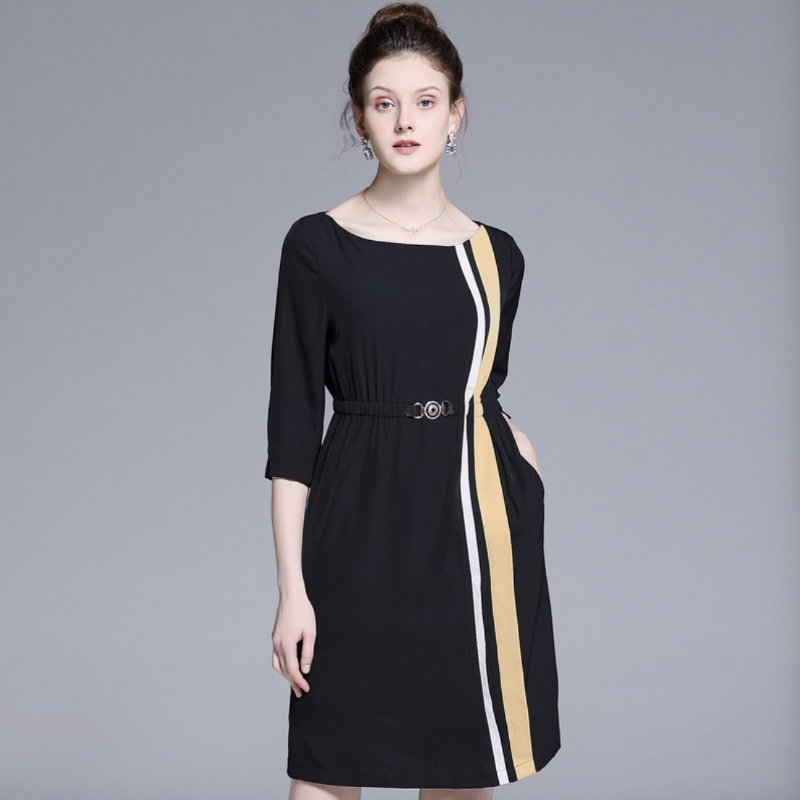 Robe robes femmes vêtements Europe et états-unis grande taille femmes printemps et été nouveau cinq points manches hit