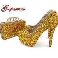 2018 женские туфли лодочки ручной работы с золотыми стразами и сумочкой клатчем; свадебные вечерние туфли на высоком каблуке 5 дюймов с сумочк