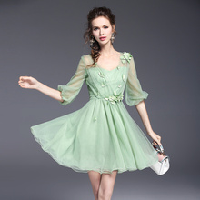 The new mesh three-dimensional petals sweet OL style V-neck dress 2017 spring and summer women