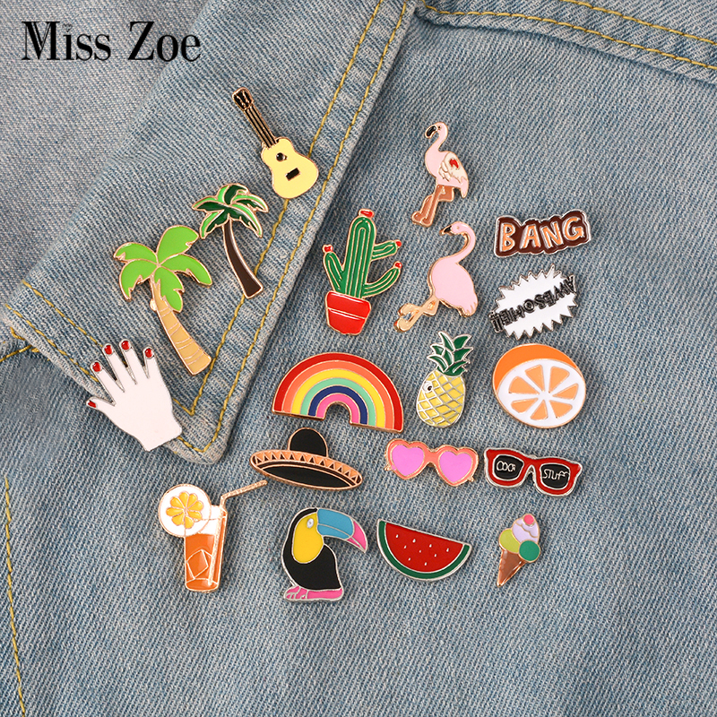 Xinaher 1 Pc Cute Flamingos Roller Skates Brooch Button Pins Denim Jacket Pin Jewelry Decoration Badge For Clothes Lapel Pins Apparel Sewing & Fabric
