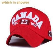 31db9f0e36782 Qui dans la douche unconstructed CANADA papa chapeau occasionnel broderie drapeau  Canadien casquette de baseball hip