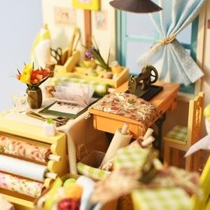 Image 3 - Robud DIY ドールハウス家具とライト木製ミニチュアドールハウスキットおもちゃのためのギフトリサのテーラー DG101