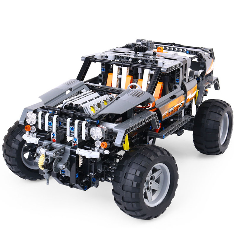 LMKJ 20030 1132Pcs Technic Ultimate Series The Off-Roader Set Children Educational Building Blocks Bricks Toys Model Gifts 8297 lepin 20030 1132pcs technik ultimate off roader cars legoingly 8297 sets building nano block bricks toys for boy gifts