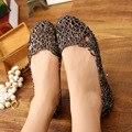 Sandálias de Verão das Sandálias das mulheres 2016 Moda Senhora Menina Mulheres Sapatos de Geléia Sandálias Escavar Malha Apartamentos Casuais 23-25 cm PA864521