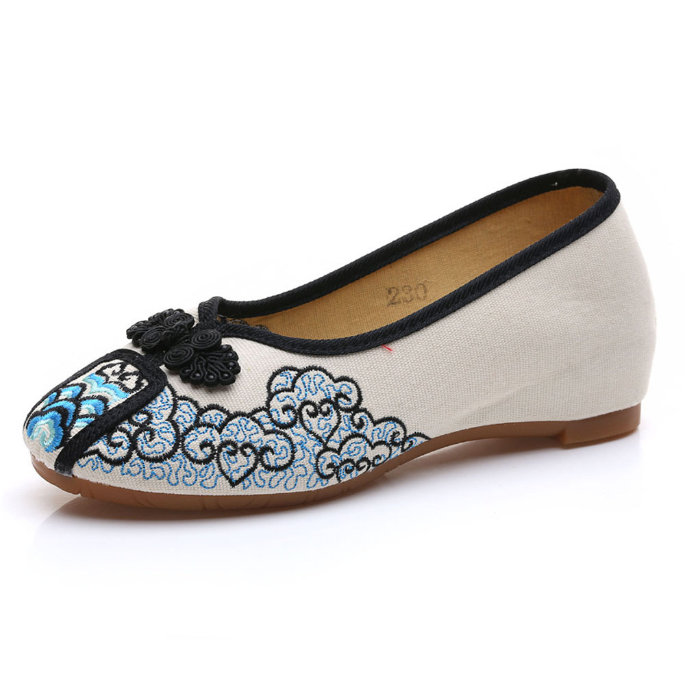 New Wegogo Women's Canvas Shoes Knot Women Casual Slip on Flat Floral Cotton Fabric Ballets Zapatos Mujer Size 34-40 wegogo ethnic women embroidery shoes mary jane shoes flats dance soft canvas dancing shoes zapatos mujer ladies flat shoes
