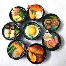 Fideos de mariscos japoneses en miniatura, 2 uds., escala 1/6, comida de imitación para casa de muñecas, cocina para barbies blyth bjd, muñeca para niños