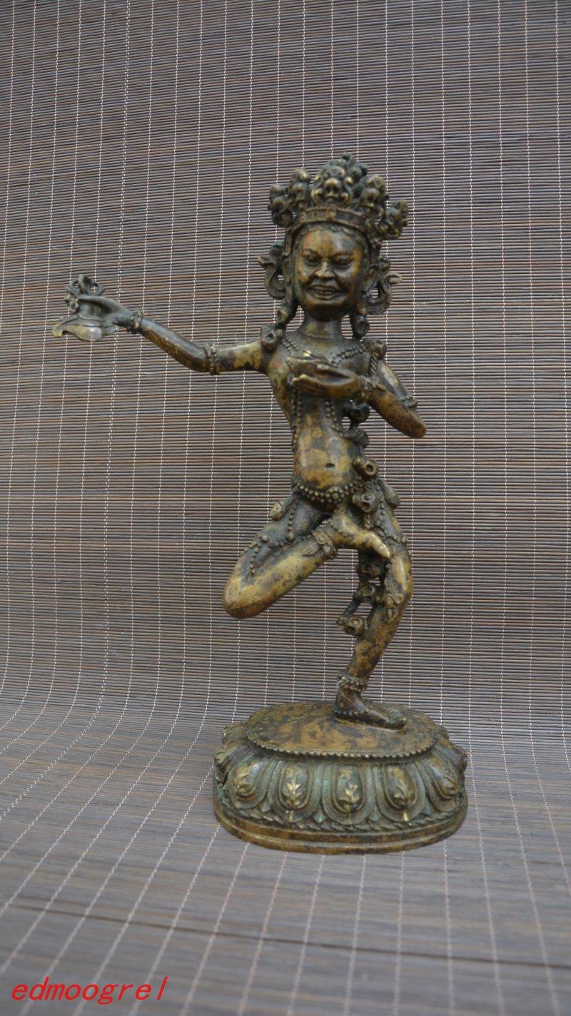 Antique Old QinDyansty Tibet copper Exorcism Buddha, bring good luck, get rid of evil,Free shippingAntique Old QinDyansty Tibet copper Exorcism Buddha, bring good luck, get rid of evil,Free shipping
