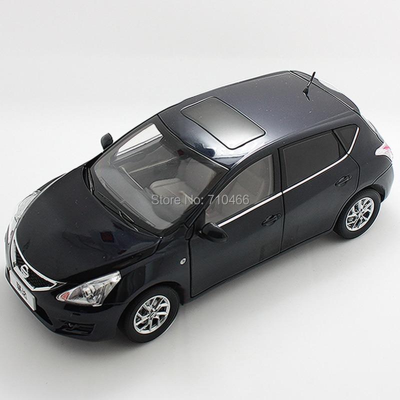 ФОТО Blue 1: 18 Nissan Tiida Versa Hatchback  Alloy Scale Models Brinquedos Diecast Model Mini Car for Sale