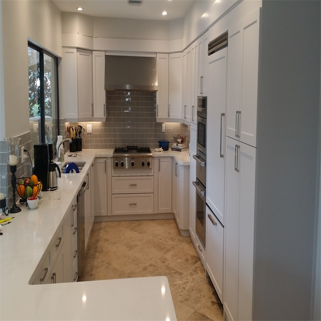 White Kitchen Cabinets High Gloss: High Gloss UV Lacquer Modern Design Kitchen Cabinets White