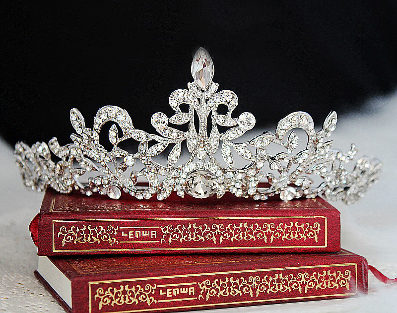 Wedding Bridal Princess Prom Austrian Crystal Tiara Crown Hair Accessories Quinceanera Tiaras And Crowns Diamante Tiara in Hair Jewelry from Jewelry Accessories