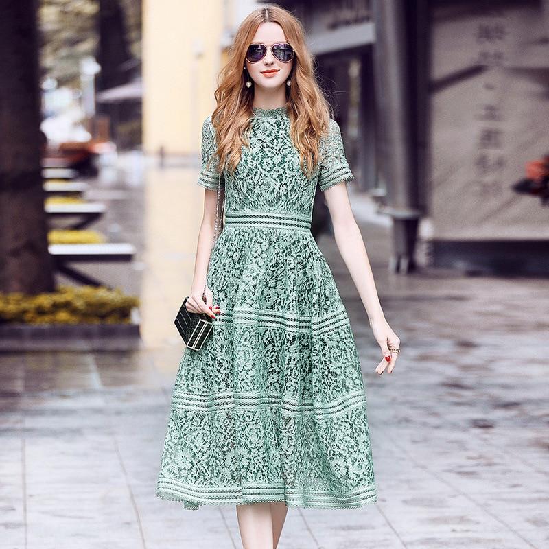 Auto Portrait Robe 2018 Femmes D'été de Haute Qualité Élégante Mince Rose/Vert Évider Dentelle A-ligne Midi Robe robes