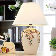 цены Modern Pastoral Fashion Creative Hand Carved Ceramic Led E27 Table Lamp For Living Room Bedroom Wedding Deco Ac 80-265v 1077