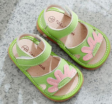 little girls squeaky sandal leather squeakers 1-3 years kids handmade summer shoes nina sapatos fun baby green flower