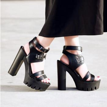 New Waterproofing Platform Sandals Women Leather Chunky Heel Gladiator Lady Dress Sandals Sexy Buckle Party Sandals Shoes Pumps фото