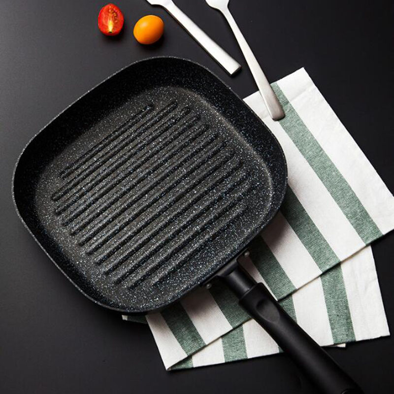 2018 Burning Pan Frying Omelet Fried Eggs Square Pan Aluminum Non Stick Frying Pan Two Colors Available Cookware 8