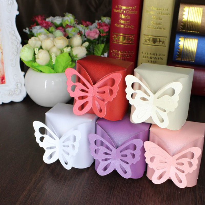 10pcs/Set 6*6*7cm Laser Cut Butterfly Folding DIY Candy Boxes Sweets Box Baby Shower Favor Gifts Box Wedding Decorations Mariage