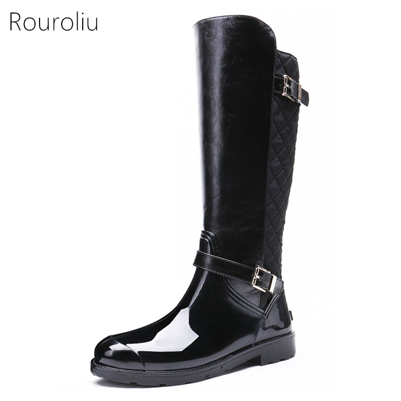Rouroliu Women Buckle Knight Rain Boots Knee-high PVC Patchwork Rainboots Winter Warm Woman Water Shoes Woman Wellies TR226 free drop shipping new vogue adult women fashion rainboots pvc rain shoes buckle water rubber boots wellies bargin price black