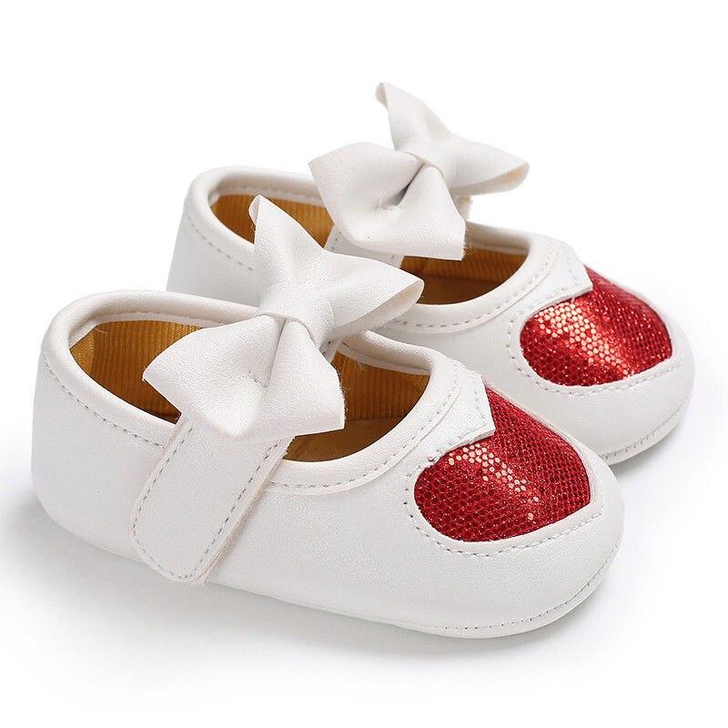 Новорожденных с бантом для маленьких девочек противоскользящие кожаная обувь детская кроватка Твердые блестками бантом обувь на липучке 4 стиль наряд сезон: весна–лето - Цвет: Красный